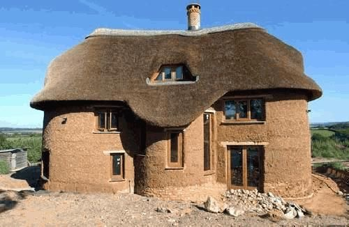 Using Cob To Build A House